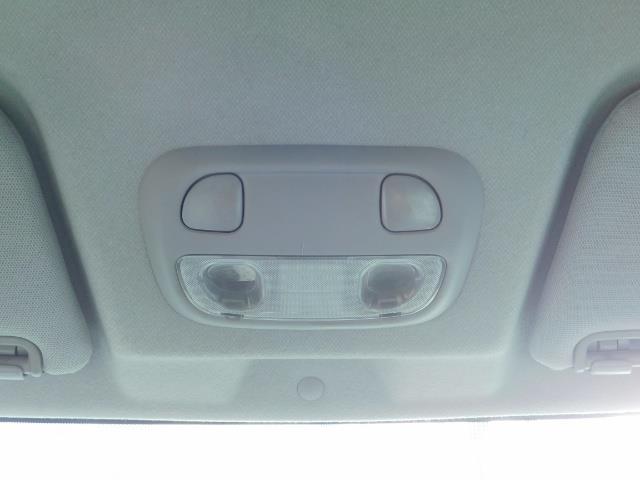 2006 Saab 9-2X 2.5i / Wagon  / AWD / 5-SPEED MANUAL / Excel Cond - Photo 33 - Portland, OR 97217