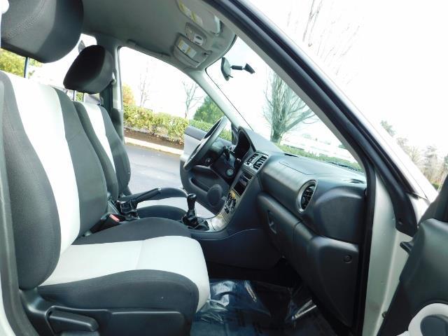 2006 Saab 9-2X 2.5i / Wagon  / AWD / 5-SPEED MANUAL / Excel Cond - Photo 16 - Portland, OR 97217