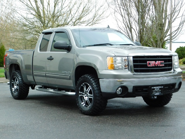 2007 GMC Sierra 1500 SLE 4dr Extended Cab / 4X4 / Z71 OFF RD /Excel Con - Photo 2 - Portland, OR 97217