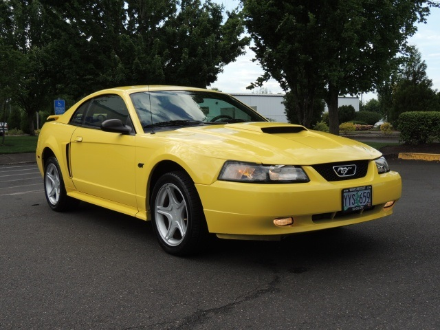 2002 Ford Mustang Gt Deluxe Coupe V8 Like New 1 Owner