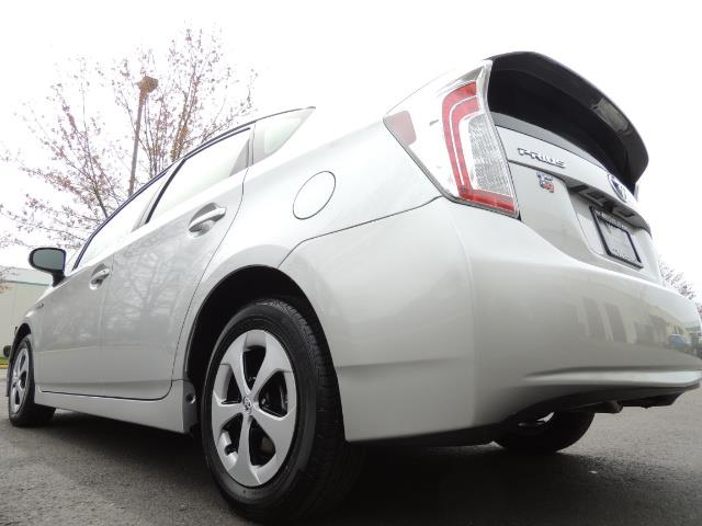 2013 Toyota Prius Two  / HatchBack / Only 37K Miles - Photo 11 - Portland, OR 97217
