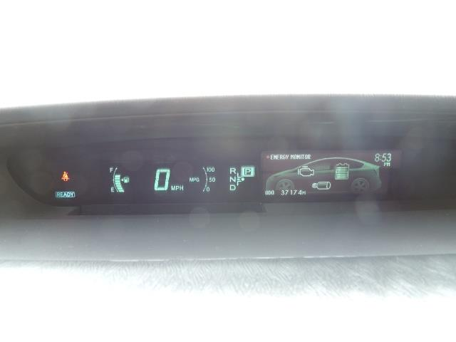 2013 Toyota Prius Two  / HatchBack / Only 37K Miles - Photo 38 - Portland, OR 97217