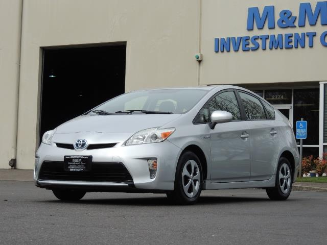 2013 Toyota Prius Two  / HatchBack / Only 37K Miles - Photo 1 - Portland, OR 97217