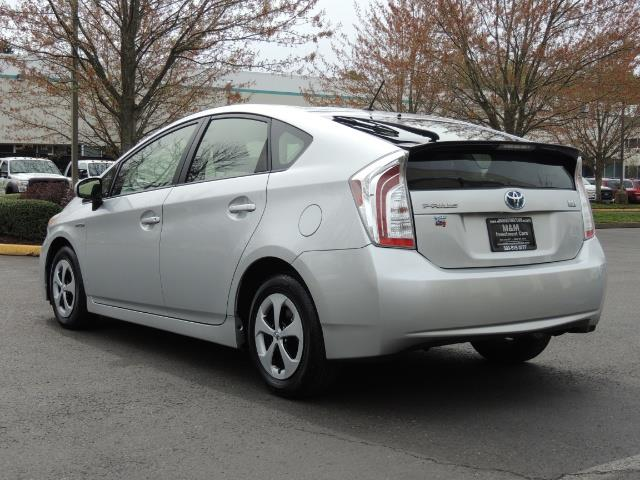 2013 Toyota Prius Two  / HatchBack / Only 37K Miles - Photo 7 - Portland, OR 97217
