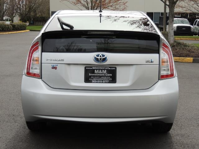 2013 Toyota Prius Two  / HatchBack / Only 37K Miles - Photo 6 - Portland, OR 97217