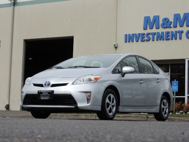 2013 Toyota Prius Two  / HatchBack / Only 37K Miles - Photo 39 - Portland, OR 97217