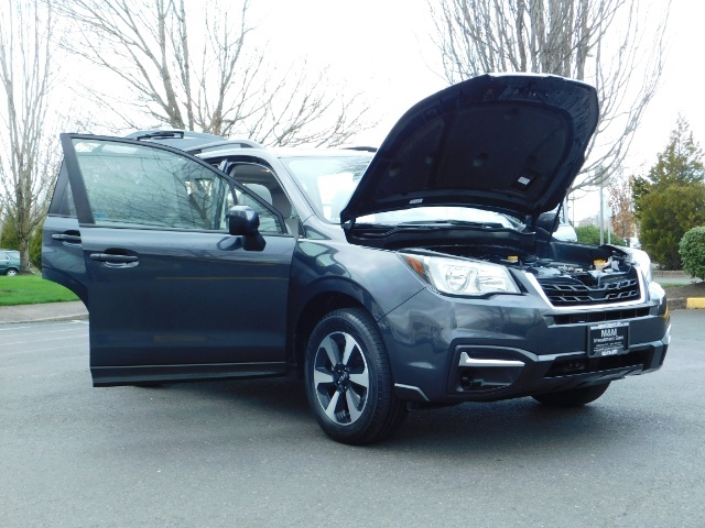 2017 Subaru Forester 2.5i Premium / Sport Utility / Pano Sunroof / AWD - Photo 29 - Portland, OR 97217
