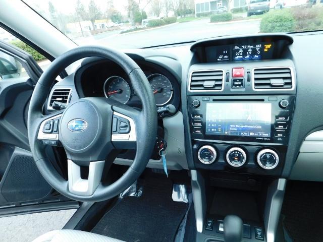 2017 Subaru Forester 2.5i Premium / Sport Utility / Pano Sunroof / AWD - Photo 18 - Portland, OR 97217