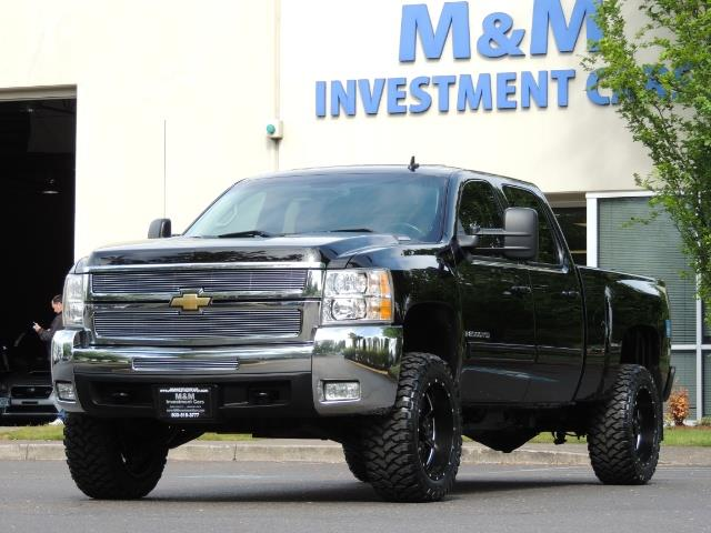 2009 Chevrolet Silverado 2500 LTZ / 4X4 / 6.6L Duramax Diesel / Allison Tranny - Photo 47 - Portland, OR 97217