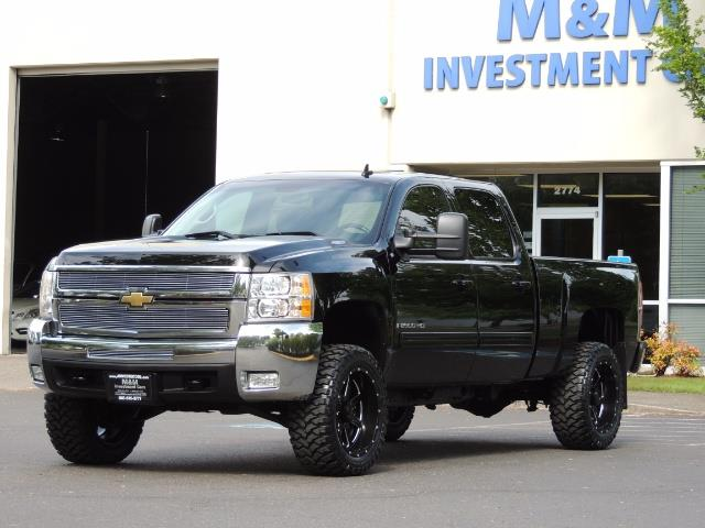 2009 Chevrolet Silverado 2500 LTZ / 4X4 / 6.6L Duramax Diesel / Allison Tranny - Photo 45 - Portland, OR 97217