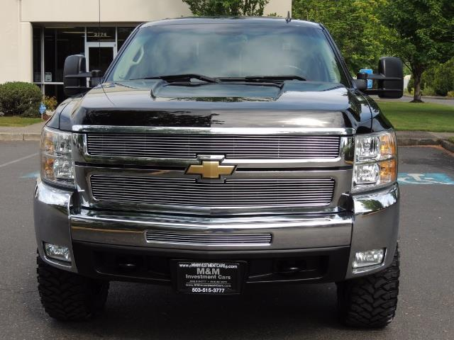 2009 Chevrolet Silverado 2500 LTZ / 4X4 / 6.6L Duramax Diesel / Allison Tranny - Photo 5 - Portland, OR 97217