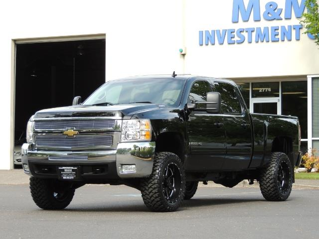 2009 Chevrolet Silverado 2500 LTZ / 4X4 / 6.6L Duramax Diesel / Allison Tranny - Photo 43 - Portland, OR 97217