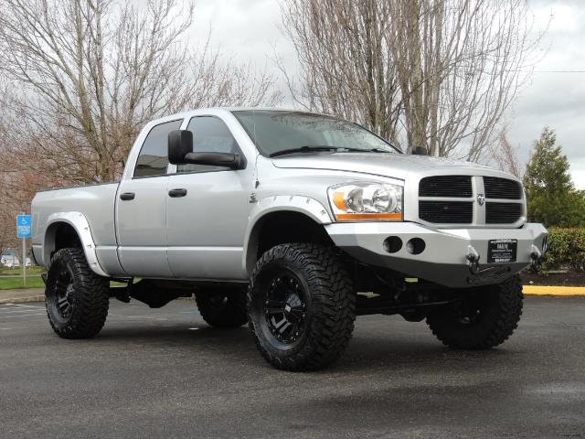 2006 Dodge Ram 2500 SLT / 4X4 / 5.9L Cummins Diesel / HIGH OUTPUT - Photo 2 - Portland, OR 97217