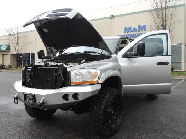 2006 Dodge Ram 2500 SLT / 4X4 / 5.9L Cummins Diesel / HIGH OUTPUT - Photo 25 - Portland, OR 97217