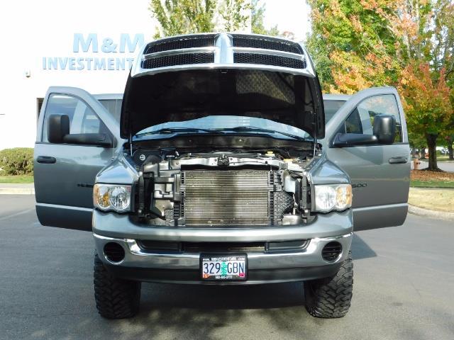 2005 Dodge Ram 2500 SLT 4dr / 4X4 / 5.9L DIESEL / 6-SPEED / JAKE BRAKE - Photo 31 - Portland, OR 97217