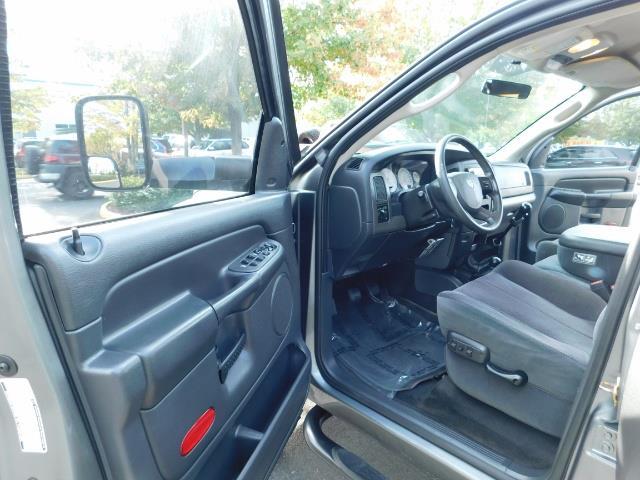 2005 Dodge Ram 2500 SLT 4dr / 4X4 / 5.9L DIESEL / 6-SPEED / JAKE BRAKE - Photo 13 - Portland, OR 97217