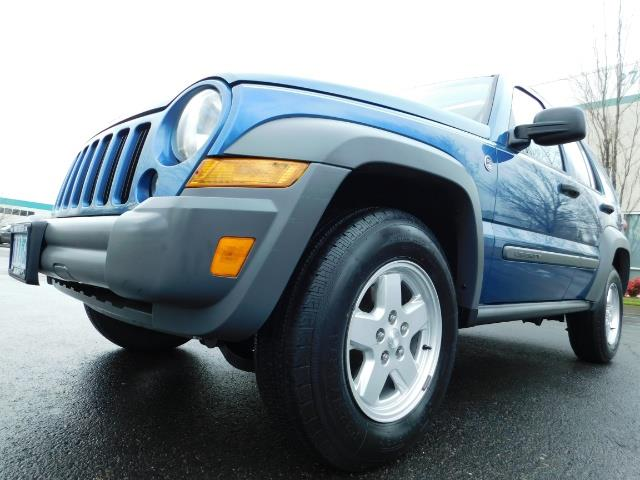 2005 Jeep Liberty Sport 4WD 126K Miles 6Cyl Moon roof Brand NewTires - Photo 24 - Portland, OR 97217