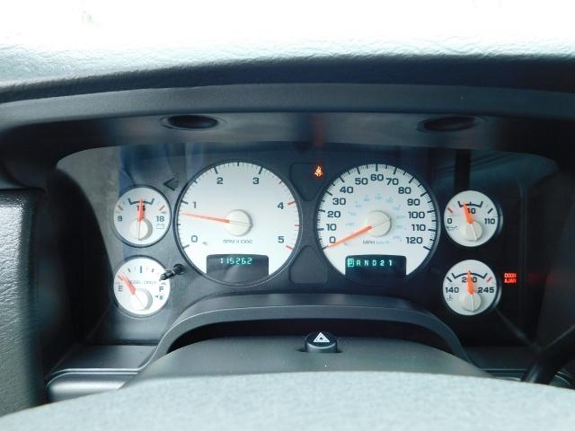 2004 Dodge Ram 2500 Laramie / 4X4 / 5.9L Cummins Diesel / LIFTED LIFTE - Photo 36 - Portland, OR 97217