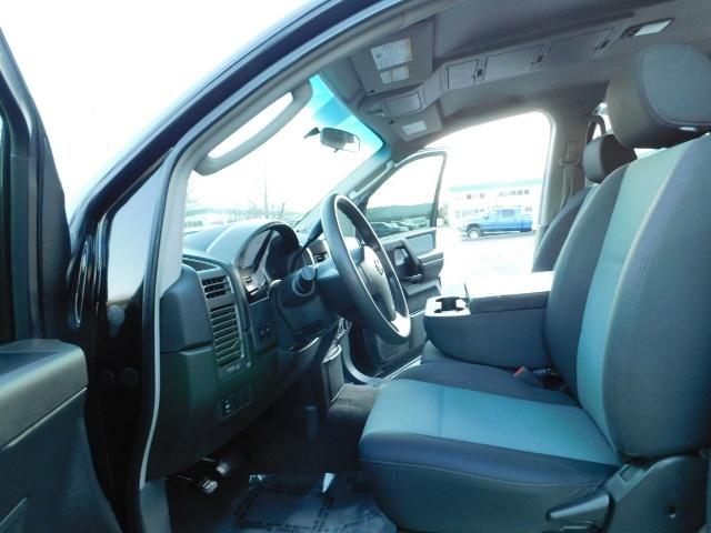 2005 Nissan Titan SE Crew Cab V8 / 4X4 OFF ROAD / CUSTOM EXHAUST - Photo 14 - Portland, OR 97217