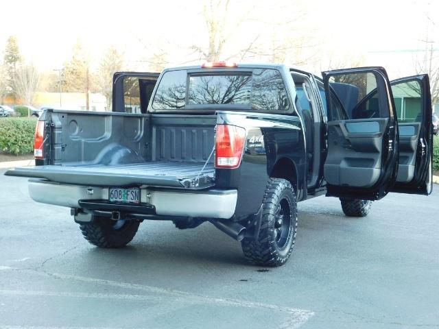 2005 Nissan Titan SE Crew Cab V8 / 4X4 OFF ROAD / CUSTOM EXHAUST - Photo 27 - Portland, OR 97217