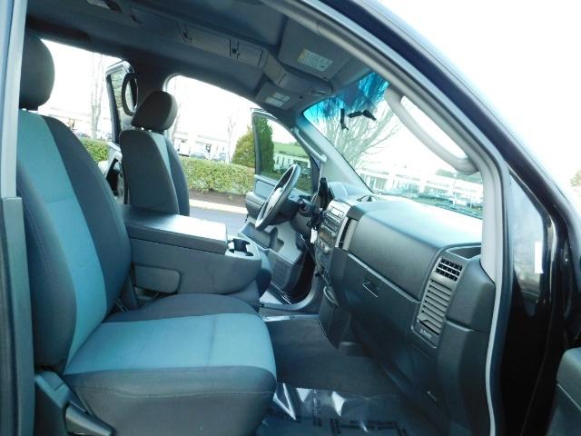 2005 Nissan Titan SE Crew Cab V8 / 4X4 OFF ROAD / CUSTOM EXHAUST - Photo 18 - Portland, OR 97217