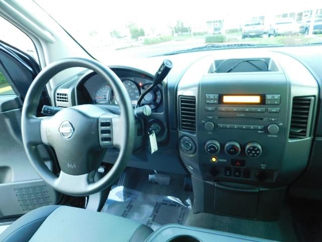 2005 Nissan Titan SE Crew Cab V8 / 4X4 OFF ROAD / CUSTOM EXHAUST - Photo 20 - Portland, OR 97217