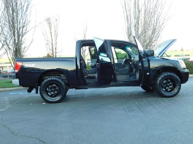 2005 Nissan Titan SE Crew Cab V8 / 4X4 OFF ROAD / CUSTOM EXHAUST - Photo 23 - Portland, OR 97217