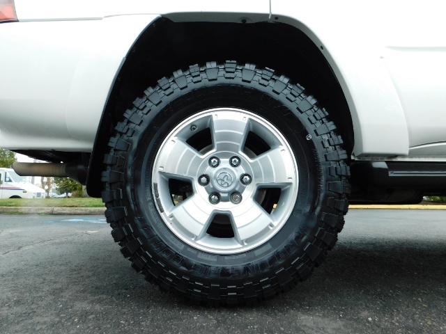 "2004 Toyota 4Runner SR5 SPORT 4X4 6CYL 3RD ROW SEAT LIFTED 33 "" MUD - Photo 42 - Portland, OR 97217"