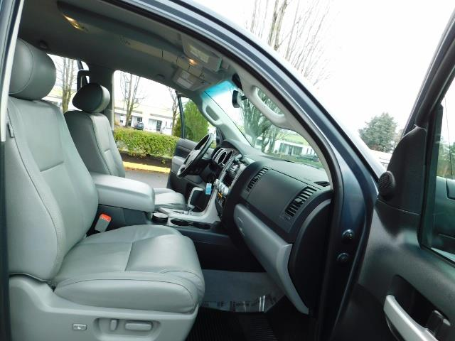 2008 Toyota Tundra Limited 4WD 5.7 1-OWNER / NEW TIRES /SERVICE RECOR - Photo 17 - Portland, OR 97217