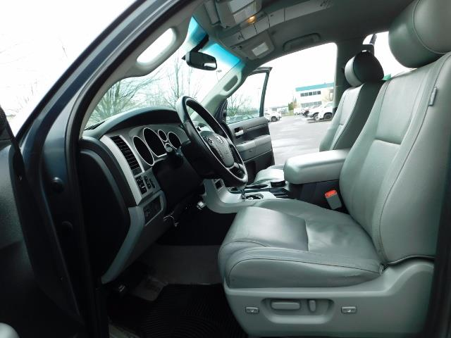 2008 Toyota Tundra Limited 4WD 5.7 1-OWNER / NEW TIRES /SERVICE RECOR - Photo 14 - Portland, OR 97217