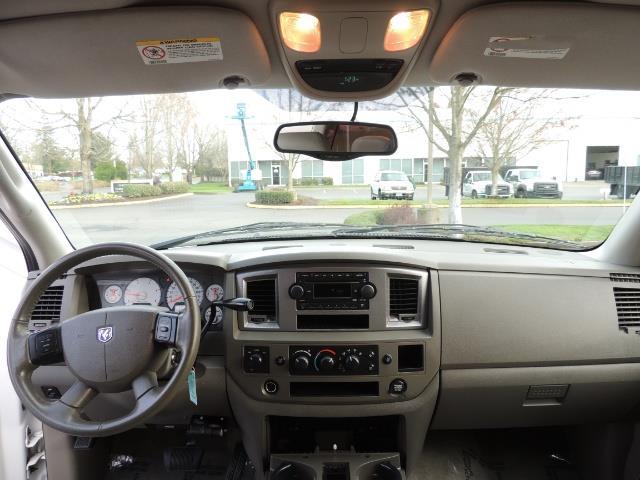 2006 Dodge Ram 3500 SLT / 4X4 / 5.9L CUMMINS DIESEL / LEATHER / DUALLY - Photo 38 - Portland, OR 97217