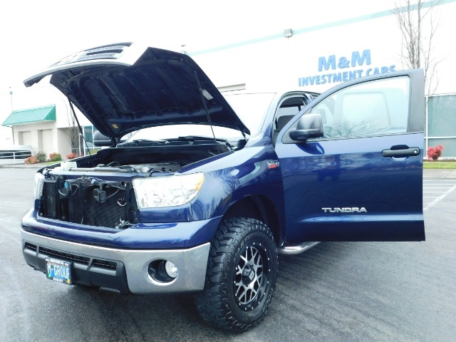 2010 Toyota Tundra Double Cab / 4WD / 5.7L / TRD OFF ROAD  Package - Photo 22 - Portland, OR 97217