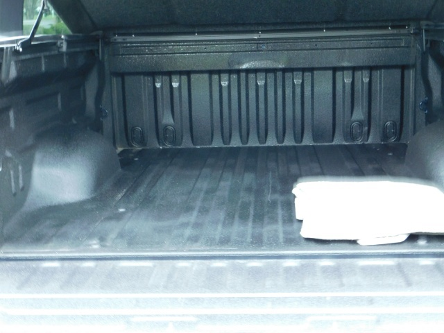 2010 Toyota Tundra Double Cab / 4WD / 5.7L / TRD OFF ROAD  Package - Photo 24 - Portland, OR 97217