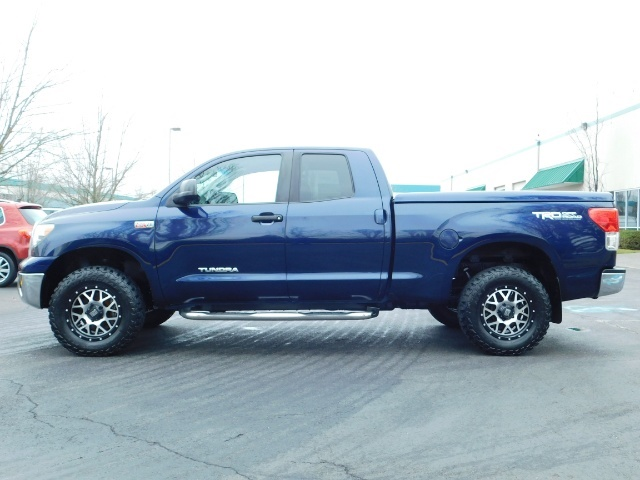 2010 Toyota Tundra Double Cab / 4WD / 5.7L / TRD OFF ROAD  Package - Photo 3 - Portland, OR 97217