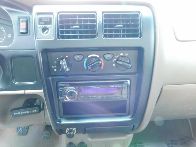 2001 Toyota Tacoma 2dr Standard Cab / 4X4 / 5 Speed Manual / LIFTED ! - Photo 19 - Portland, OR 97217