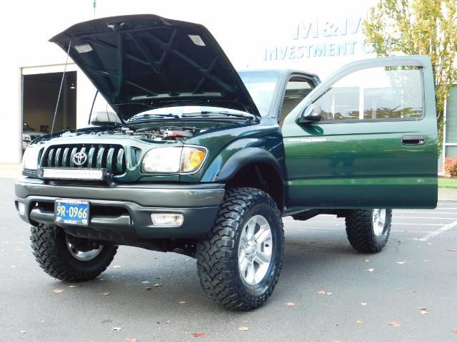 2001 Toyota Tacoma 2dr Standard Cab / 4X4 / 5 Speed Manual / LIFTED ! - Photo 32 - Portland, OR 97217