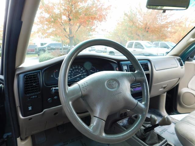 2001 Toyota Tacoma 2dr Standard Cab / 4X4 / 5 Speed Manual / LIFTED ! - Photo 17 - Portland, OR 97217