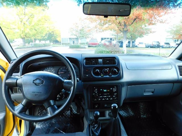 2001 Nissan Frontier XE 4-dr / OFF ROAD 4X4 / Crew Cab / V6 / MANUAL !! - Photo 18 - Portland, OR 97217