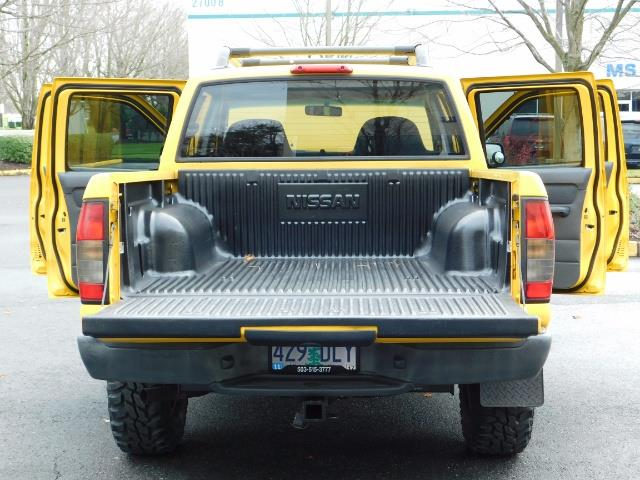 2001 Nissan Frontier XE 4-dr / OFF ROAD 4X4 / Crew Cab / V6 / MANUAL !! - Photo 30 - Portland, OR 97217