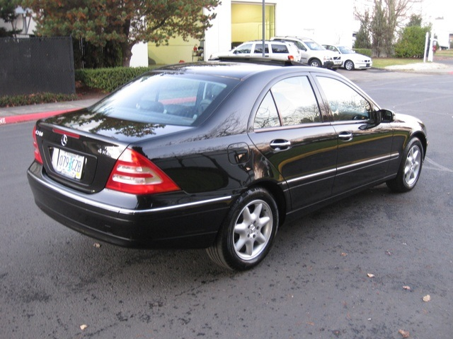 2003 Mercedes Benz C240 4MATIC 4WD   Photo 5   Portland, OR 97217