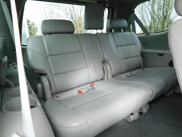 2007 Toyota Sequoia Limited 4Dr SUV / Leather / 3rd Seat / Timing Belt - Photo 26 - Portland, OR 97217