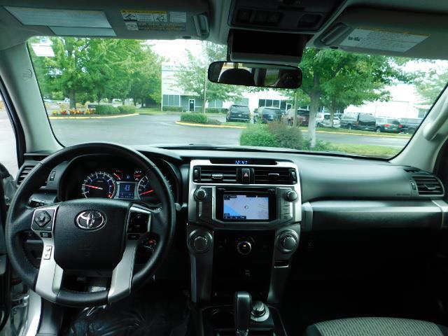 2016 Toyota 4Runner SR5 / 4WD / Navigation / backup camera / LIFTED - Photo 37 - Portland, OR 97217