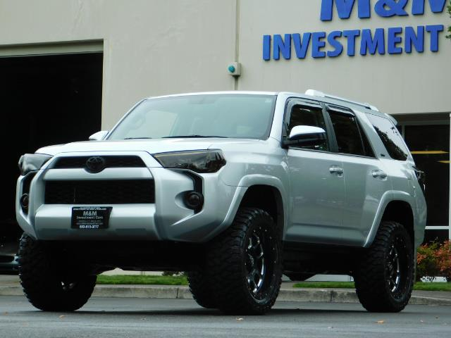 2016 Toyota 4Runner SR5 / 4WD / Navigation / backup camera / LIFTED - Photo 54 - Portland, OR 97217