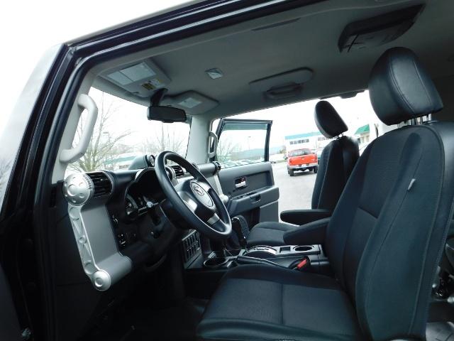 "2010 Toyota FJ Cruiser 4X4 / V6 4.0L / DIFF LOCK / 20 "" XD's / LIFTED !! - Photo 14 - Portland, OR 97217"