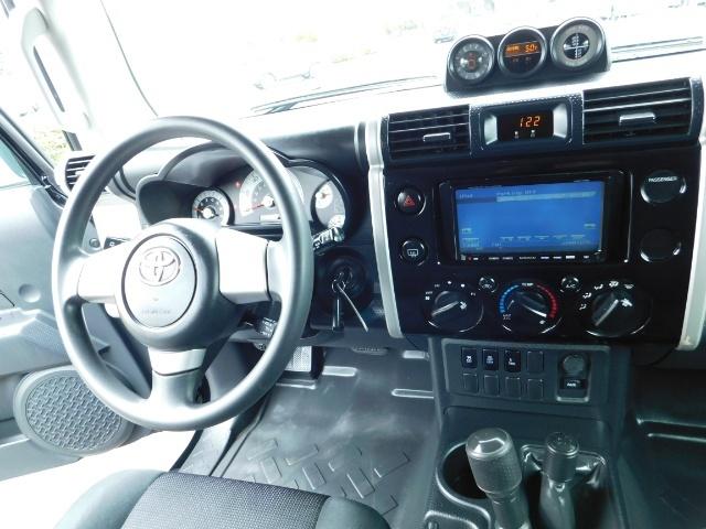 "2010 Toyota FJ Cruiser 4X4 / V6 4.0L / DIFF LOCK / 20 "" XD's / LIFTED !! - Photo 34 - Portland, OR 97217"