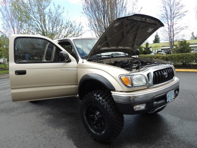 2003 Toyota Tacoma 2dr Xtracab V6 / SR5 / 4X4 / 5-SPEED MANUAL/LIFTED - Photo 31 - Portland, OR 97217
