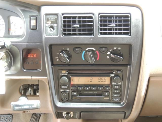 2003 Toyota Tacoma 2dr Xtracab V6 / SR5 / 4X4 / 5-SPEED MANUAL/LIFTED - Photo 20 - Portland, OR 97217