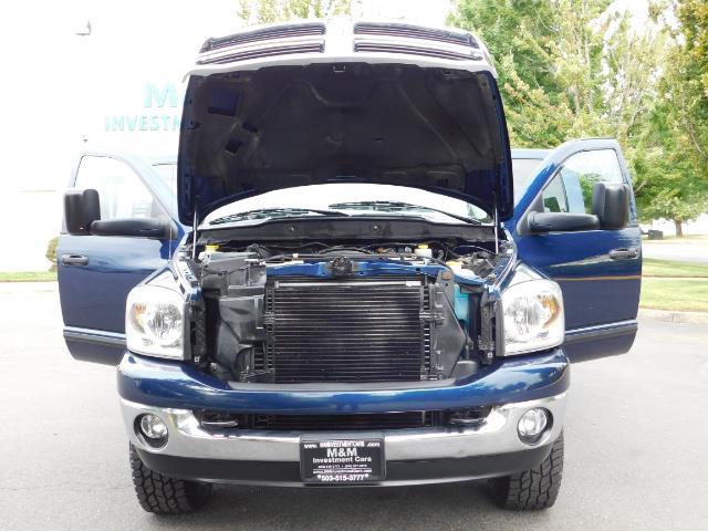 2007 Dodge Ram 2500 SLT BIG HORN EDITION / 4X4 / 5.9L DIESEL / 1-OWNER - Photo 31 - Portland, OR 97217