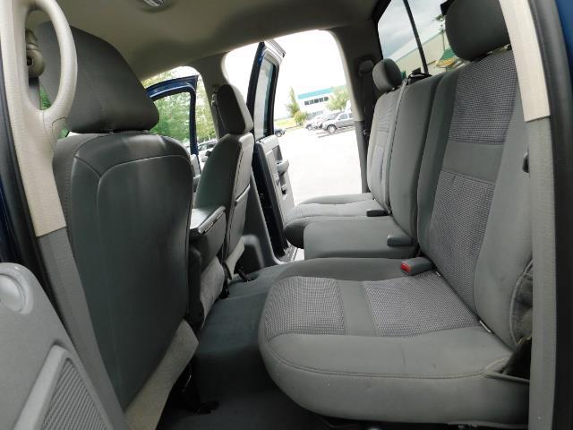 2007 Dodge Ram 2500 SLT BIG HORN EDITION / 4X4 / 5.9L DIESEL / 1-OWNER - Photo 15 - Portland, OR 97217