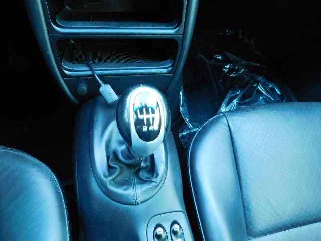 2004 Porsche 911 Carrera 4 / AWD / Convertible / 6-SPEED / 42K MILE - Photo 21 - Portland, OR 97217